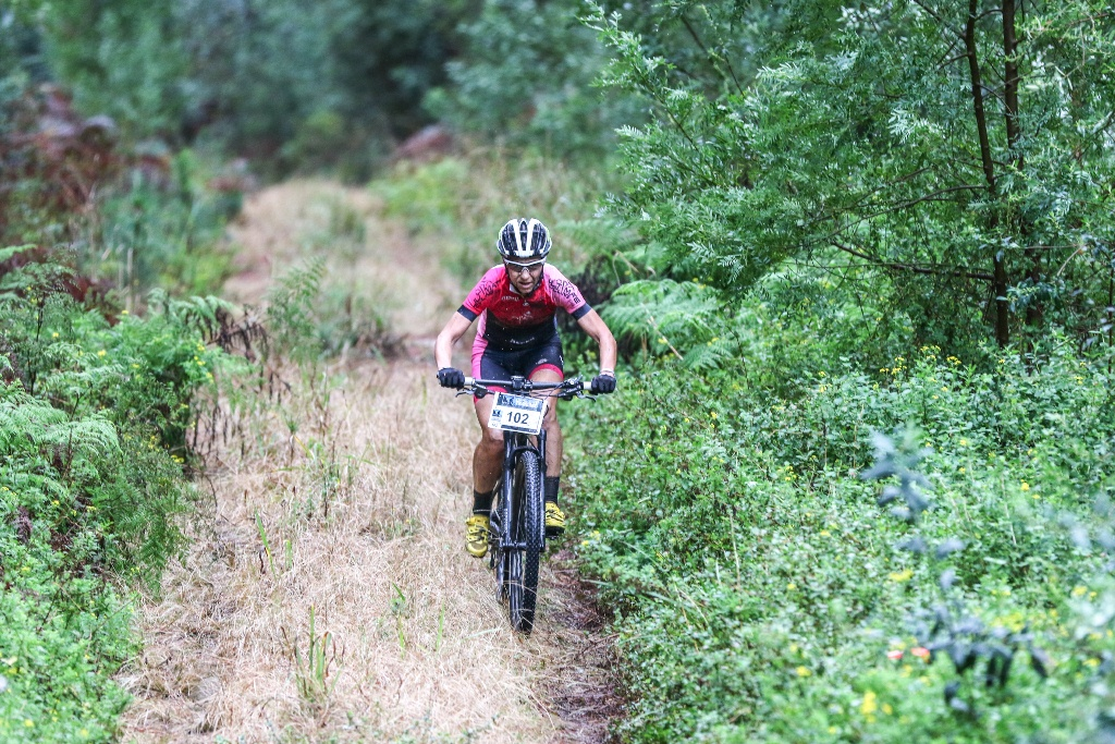 Yolande de Villiers blazed her way through the muddy trails on Stage 2 of the Glacier Storms River Traverse. Photo by Oakpics.com.